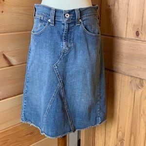 Levi's denim jean raw edge/hem skirt Size 10